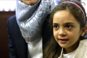 أيقونة حلب الطفلة بانا في تركيا