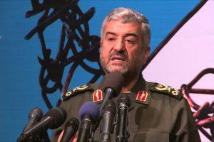 إيران تعلن حلب خط الدفاع عن الثورة الإيرانية