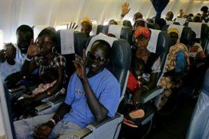 أوباما يرفع الحظر عن السودان وترامب يفرض حظر علي دخول السودانيين أمريكا !