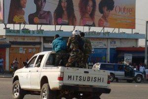 عدد من الجنود المتمردين يقومون بإحتجاز وزير دفاع ساحل العاج