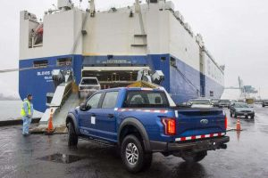 فورد تصدر شاحنتها الصغيرة رابتورز إف 150 ذات الأبواب الأربعة إلى الصين
