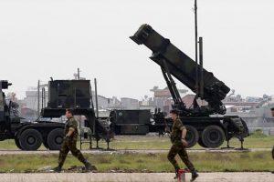 صواريخ علي إيلات والجيش الإسرائيلي يؤكد مصدرها سيناء