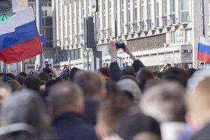 دعوات أمريكية وأوروبية لموسكو للإفراج عن متظاهري احتجاجات الفساد