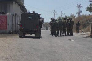 استشهاد فتى فلسطيني بنيران الإحتلال الإسرائيلي بمدينة الخليل بالضفة الغربية المحتلة