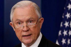 وزارة العدل الأمريكية تهدد مدن الملاذ بوقف المنح والمساعدات المالية
