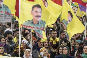 السلطات الألمانية تسمح للأتراك الأكراد بتنظيم تظاهرة ضد التعديلات الدستورية