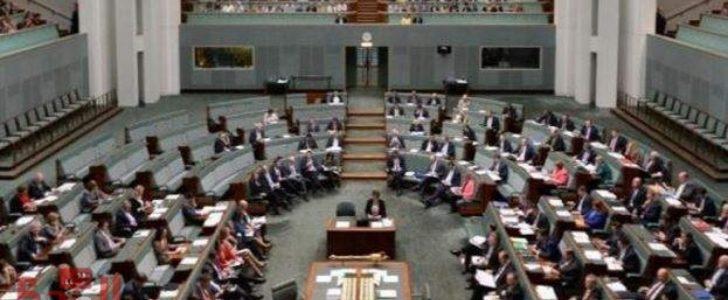 البرلمان الأسترالي معلق بقرار من الحكومة