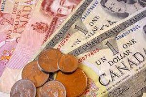 انخفاض كبير يلحق سعر الدولار الكندي بعد قطع العلاقات مع السعودية