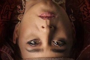 """إطلالة نيللي كريم المميزة في بوستر فيلم """"الفيل الأزرق"""""""